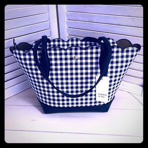 NWT! Crown & Ivy Madison Scallop Gingham Tote